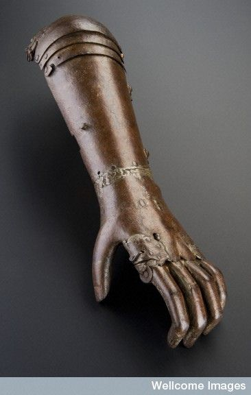 L0057510 Iron artificial arm, Europe, 1560-1600.  © Science Museum, London / Wellcome Images.