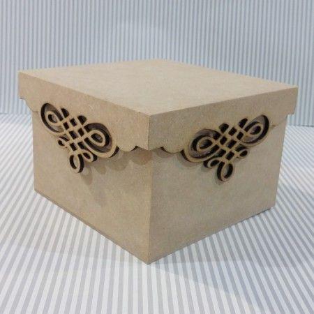 Caja de MDF, Cortada en láser y pegada. Diseñador desconocido. -AK                                                                                                                                                                                 Más