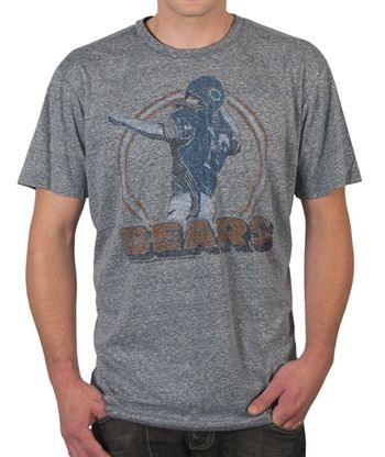 Chicago Bears Shirt by Junk Food    This officially licensed NFL shirt by Junk Food features a vintage print of a Chicago Bears quarterback above the team logo.    Fabric Details        Color: Athletic Gray      100% cotton    Our Price: $24.95  - See more at: http://www.oldschooltees.com/Chicago-Bears-Shirt-by-Junk-Food-p/nfl006.htm#sthash.tMKGsXwj.dpuf