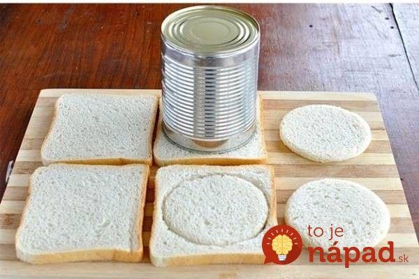 Vynikajúci tip, ako vykúzliť za pár minút fantastické pohostenie pre vašu rodinu alebo návštevy. Potrebujete len toastový chlebík a bežné prísady, ktoré určite nájdete aj vo svojej chladničke.