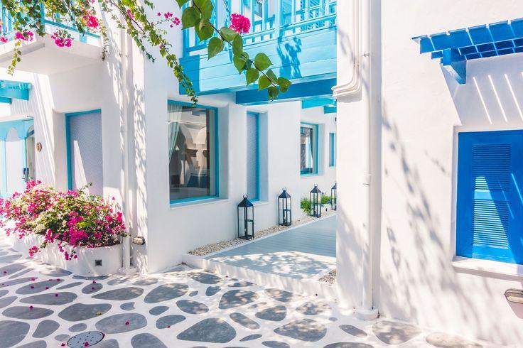魅惑のエーゲ海の島々へ!宝石のように美しいギリシャの島10選 3枚目の画像