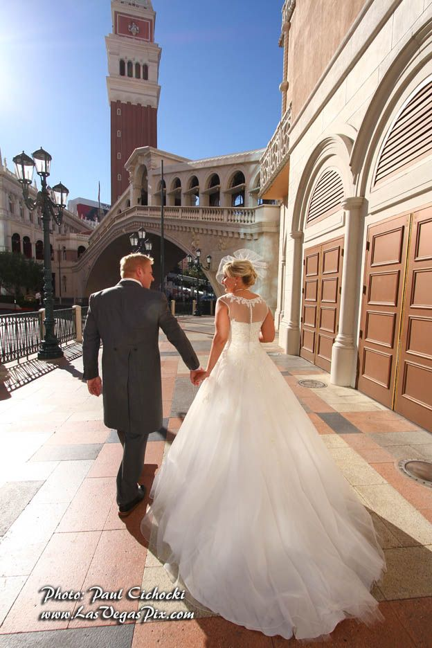 Rialto tower wedding