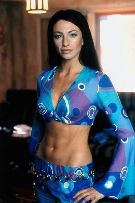 Aeryn Sun/Claudia Black Farscape Awesome outfit!