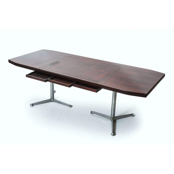 Scrivania da ufficio T160 designer Osvaldo Borsani produttore Tecno made in Italy anno 1967 colori marrone inox in legno e acciaio cromato