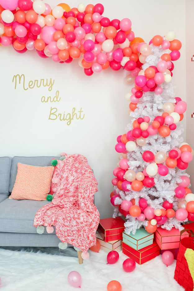 25 best ideas about christmas party decorations on pinterest christmas parties 2015 rustic christmas decorations and burlap garland - Christmas Party Decorations
