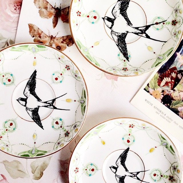 fly away with me...Heart Vintage plate sets