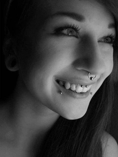 smiley, snakebites and septum | www.bodypiercing.sk  #smiley#snakebites#septum#piercing#piercings#bodypiercing#bodypiercingsk