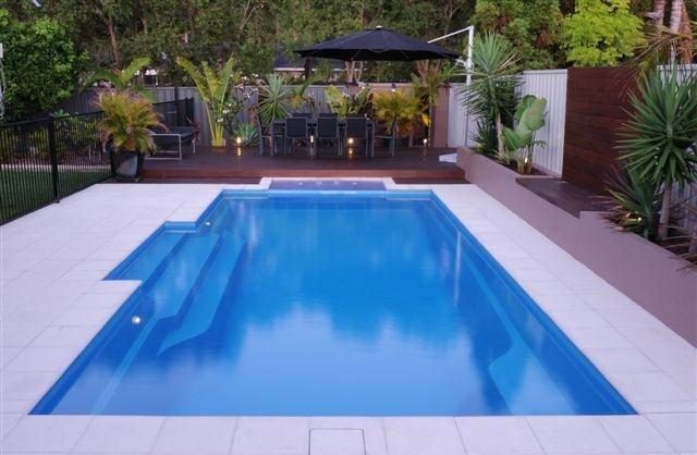 modern pool design   cosmo pacific blue spice (640x418)