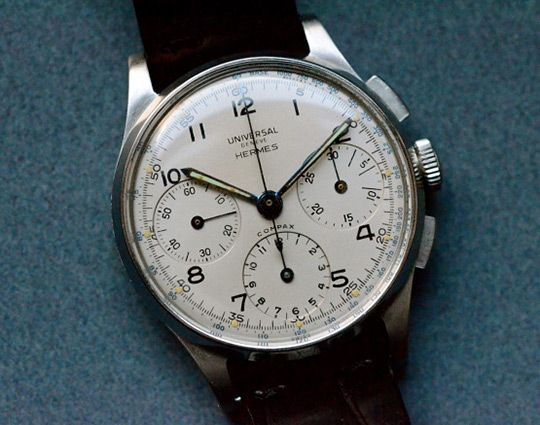 Hodinkeediscoveredthis classic Hermes branded Universal Geneve chronograph. The little brother to the Patek Philippe line in the 1940's, Universal Geneve created an assortment of co-branded timepieces well before the modern trend in co-headline accessories. Worth a deeper looks ove on Hodinkee.