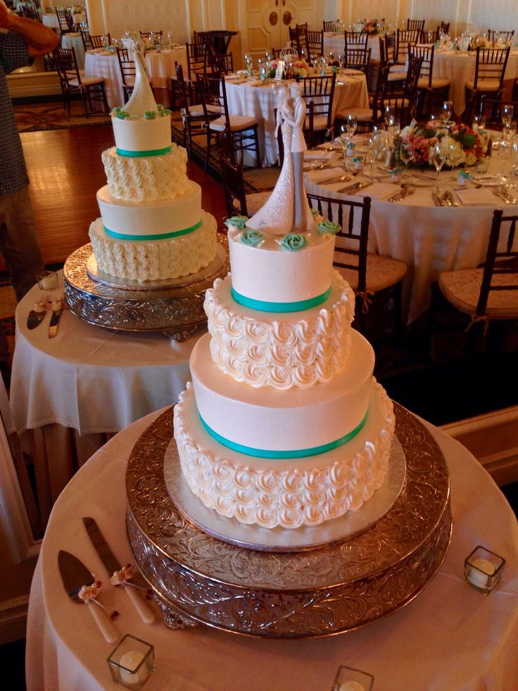 triple swiss dot wedding cake 318 best images about wedding cakes on 21270