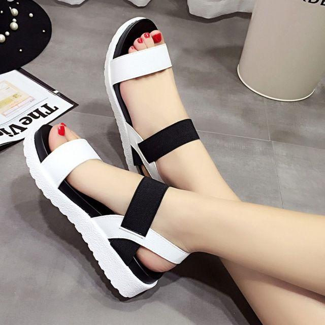 2016 Nuevas Mujeres zapatos de Verano sandalias de Las Mujeres peep-toe Zapatos de las sandalias Romanas zapatos de mujer sandalias mujer sandalias plana 810 W