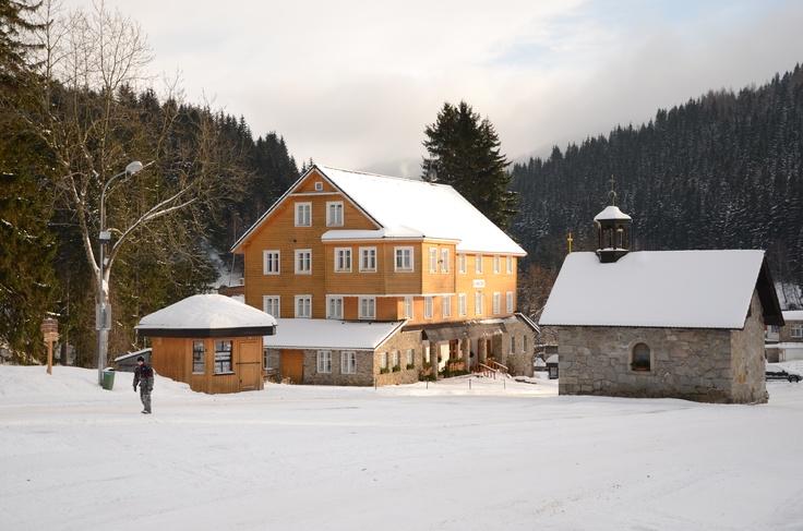 Pec pod Snezkou in winter