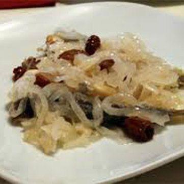 Ricetta per la realizzazione di un delizioso piatto di sarde in saor. Fresco Pesce, il primo magazine completamente dedicato al mondo ittico!
