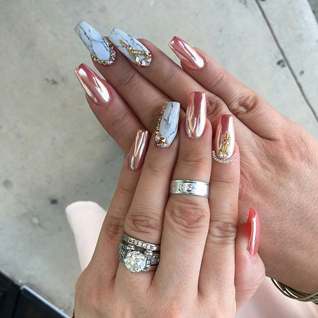 These are beautiful! By @nailsbymztina, featured nail charms, Swarovski crystals and #ChromePowder are all available at DAILYCHARME.COM, link in profile!