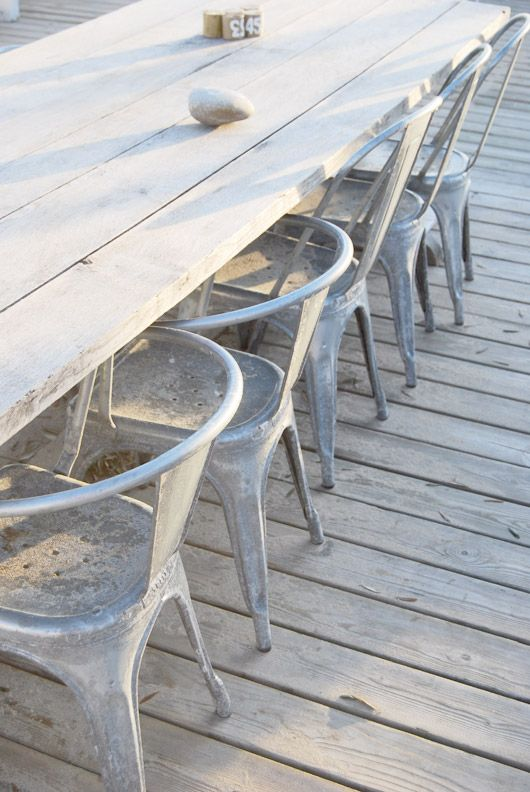 Indus chairs: next purchase for the outdoor kitchen!