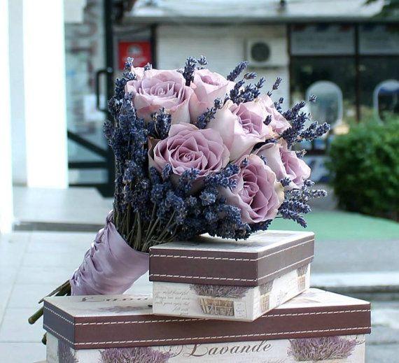 Buchet de Mireasa din Trandafiri lila si by JuliasRoseShop on Etsy