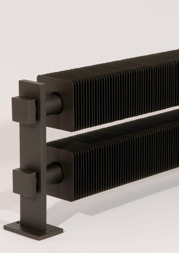 Les 25 meilleures id es de la cat gorie radiateur design sur pinterest radiateurs radiateur for Peindre un radiateur