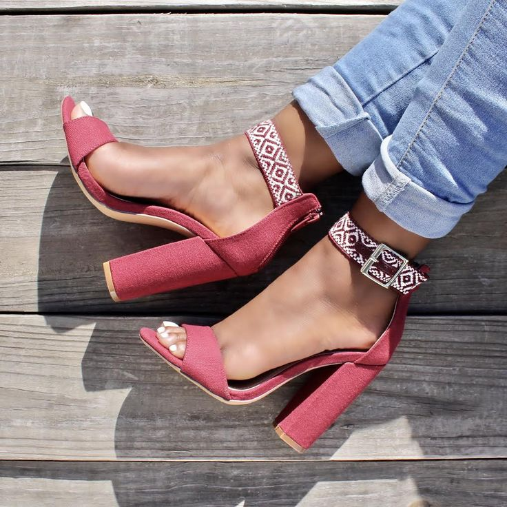 Wine Embroider Ethnic Print Open Toe Single Sole Chunky Heels Canvas