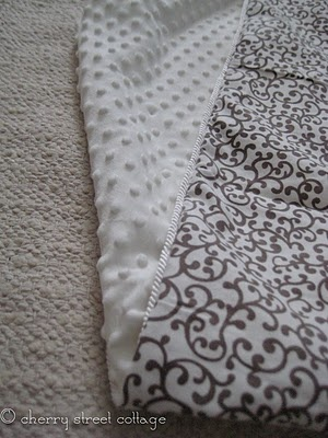 DIY Blanket. Pretty.