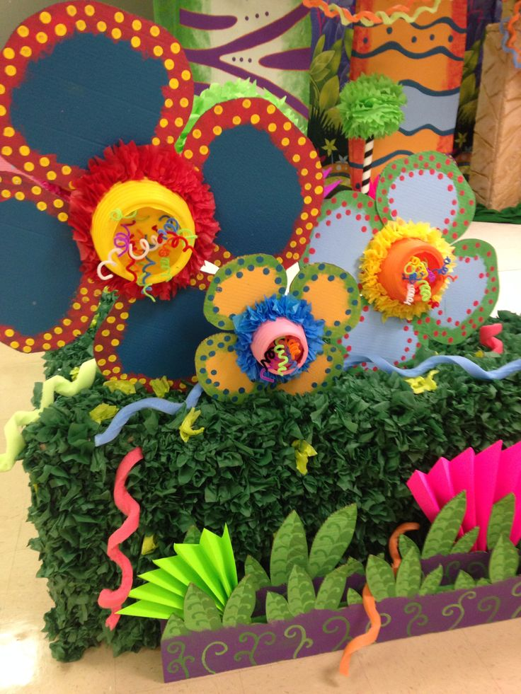 Our Weird Animals VBS funky flowers @Brandy Waterfall Gibson is amazing