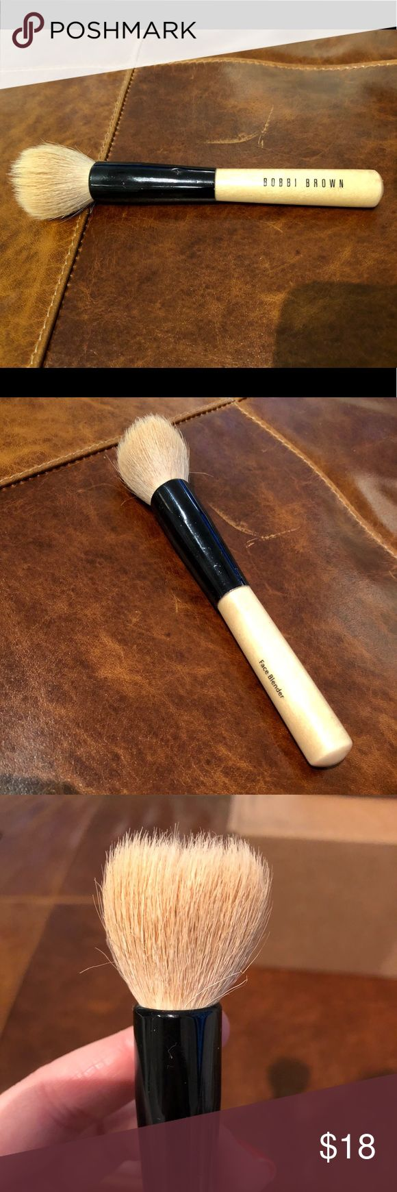Bobbi Brown Face Blender Brush Good used condition! Still in great shape, would just need to be brush cleaned! Awesome brush. Bobbi Brown Makeup Brushes & Tools