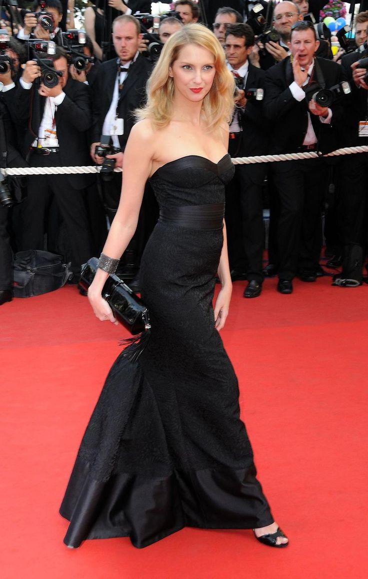 Frédérique Bel à Cannes le 14 mai 2009