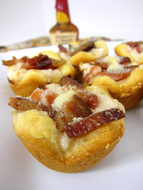 Kentucky Hot Brown Bites...great idea for leftover turkey using cresents...like a baked club sandwich