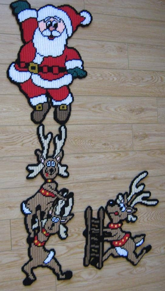 SANTA AND REINDEER WALL DECOR by SUNSHINE DESIGNS 1/4 (COMPLETED PROJECT SEWN by GAIL MAC)