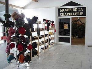 """MUSEE DE LA CHAPELLERIE - ESPERAZA  MUSEE DE LA CHAPELLERIE Avenue de la gare, BP 64, 11260 ESPERAZA  lat. 42° 56' 7"""" - long. 2° 13' 8""""  Tél. 33 (0)4 68 74 00 75  Fax 33 (0)9 54 99 26 72   musee.chapellerie@free.fr  http://musee-chapellerie.fr"""