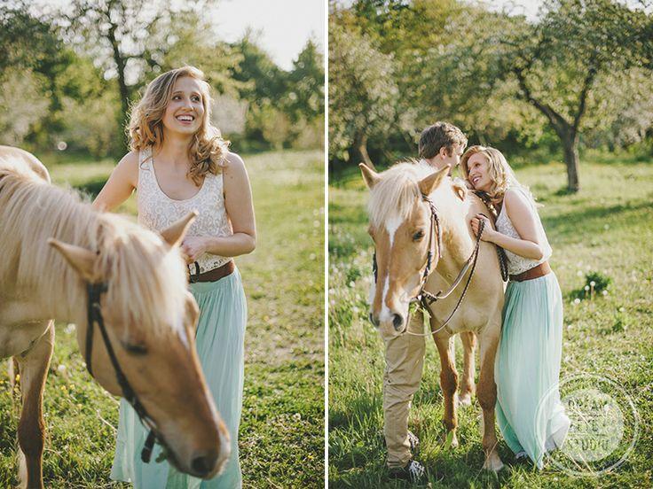 http://dreameyestudio.pl/ #dreameyestudio #horse #fun #love #engagement #poland #photography #mintdress