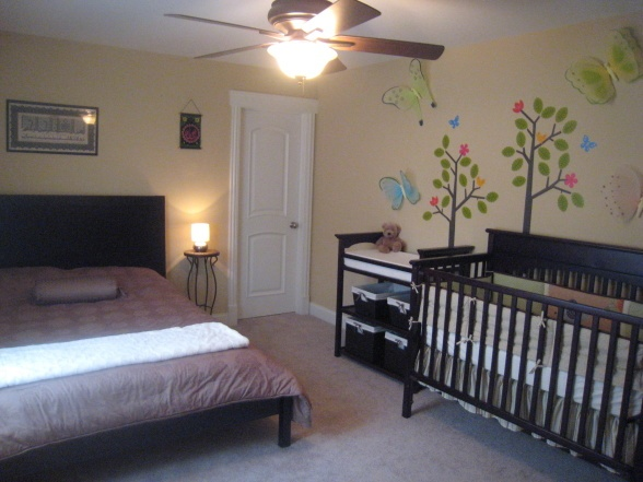 25 best ideas about nursery guest rooms on pinterest - Toddler bedroom ideas for small rooms ...