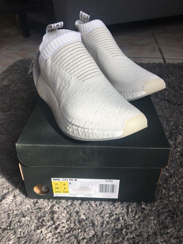 b7ee20baa4e Weiße Adidas NMD Sneaker - Kein Tausch! ❌ Weiße schnürsenkellose Adidas  NMD CS2 in Größe 39