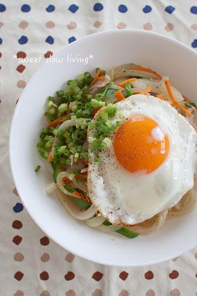塩ガーリック焼きうどん by tomoさん | レシピブログ - 料理ブログの ...