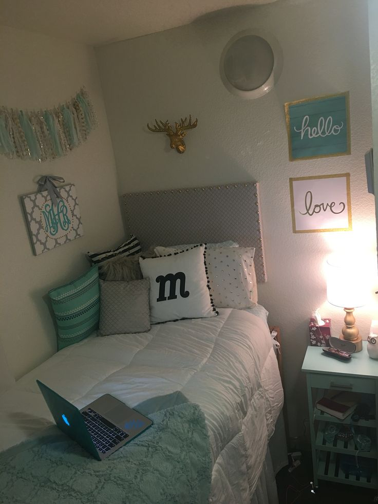 41 Best Images About College On Pinterest Diy Headboards