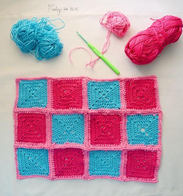 Taplak Meja Solid Granny Square - Selma's Crochet