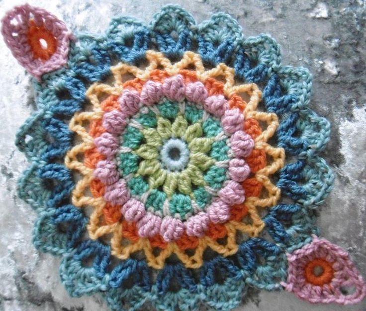 43 best Round Crochet Blanket Patterns images on Pinterest | Afghan ...