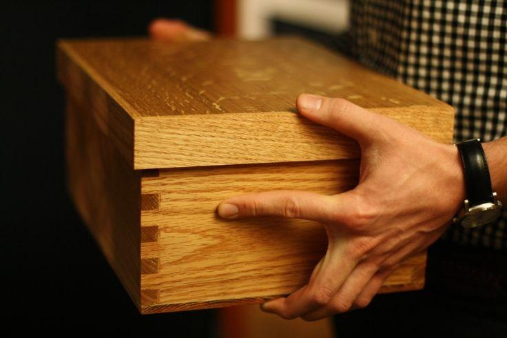 Wooden Shoe Box In Oak, Cedar Lined