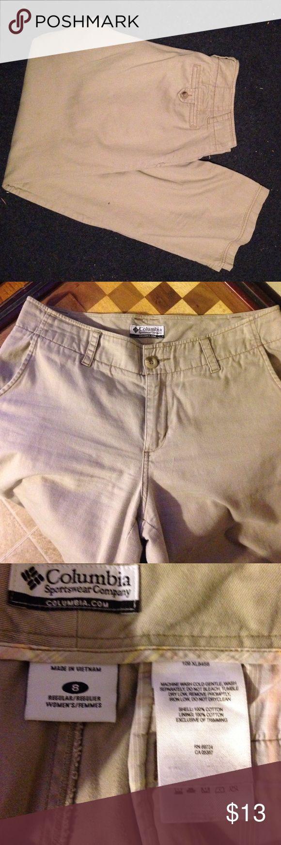 Columbia khakis Sz 8. Columbia Sportswear Company khakis Sz 8. Columbia Pants