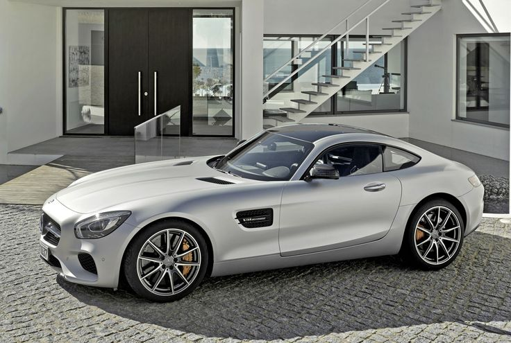 One of the most anticipated supercar reveals of the year has just taken place at a private event hosted by Mercedes-Benz. The all-new Mercedes-AMG GT might have to wait until the Paris Motor Show f...