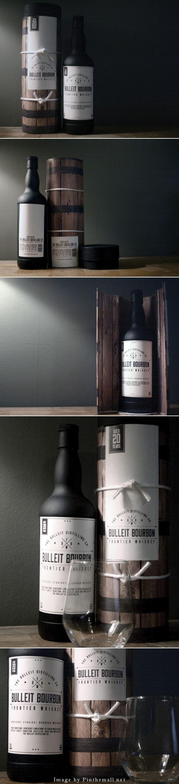 Bulleit Bourbon Frontier Whiskey (Student Project) by Bre Cain 樽仕込みのフレーバーを演出したデザインがそそる。外装とボトルの質感の組み合わせが完璧。これで透明ツヤボトルだったら絶対がっかりすると思う。