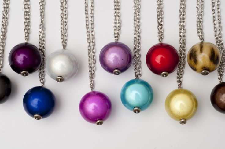 Necklaces to add a splash of colour to your outfit. http://shop.lindatoye.fi/