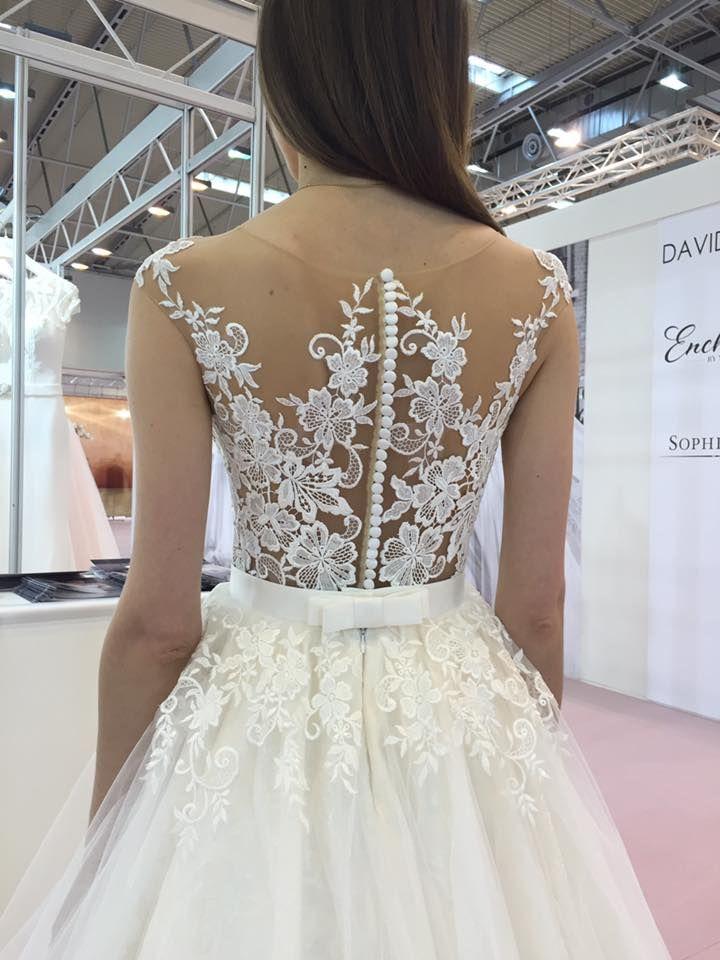 Úžasné svadobné šaty španielskej značky Tina Valerdi