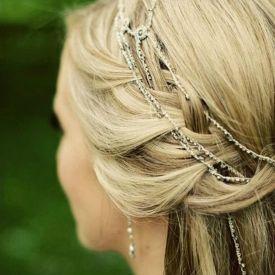 Glamouröses Haarband für den grossen Tag