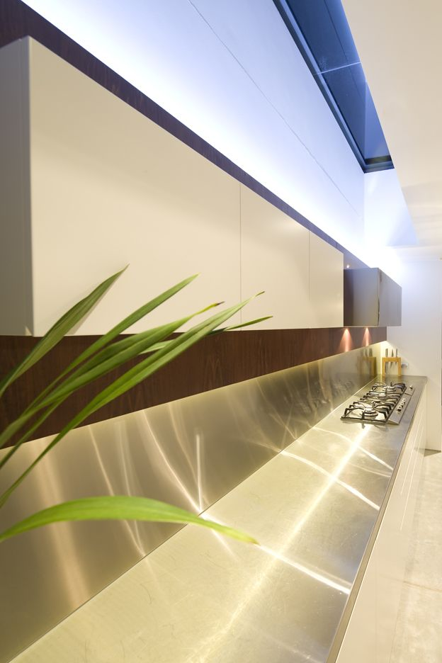 G House Kitchen - Bruce Stafford Architects