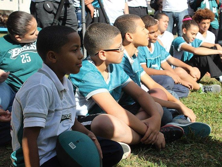 MVP 360 #Eagles #Care Partner at Net Garden of the PA #Horticultural #Society with #Mark #Sanchez & #Bennie #Logan!  #City #Harvest