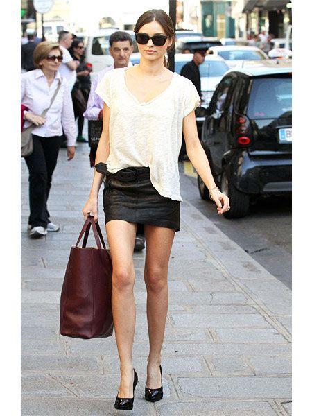 ミランダ・カー(Miranda Kerr)の私服をパパラッチ@パリ
