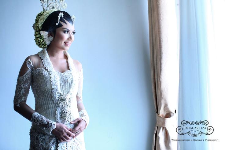 Javanese Traditional Bride