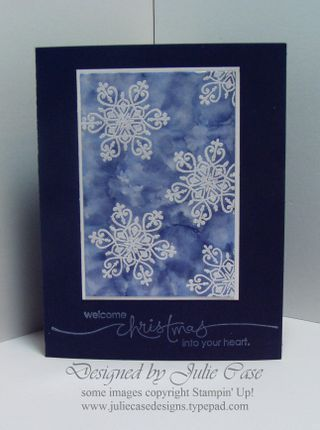 Magic Snowflake card. Or great for gift tags and non traditional blue paper for Christmas. i think I am in love!