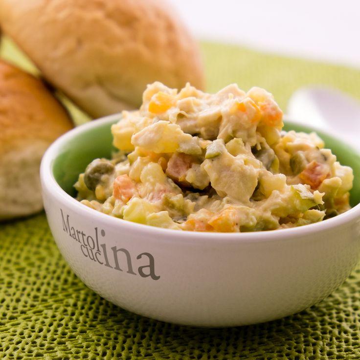 INSALATA RUSSA RUMENA (DE BEUF) #insalatarussa #ricettarumena #romania #pollo #patate #carote #piselli