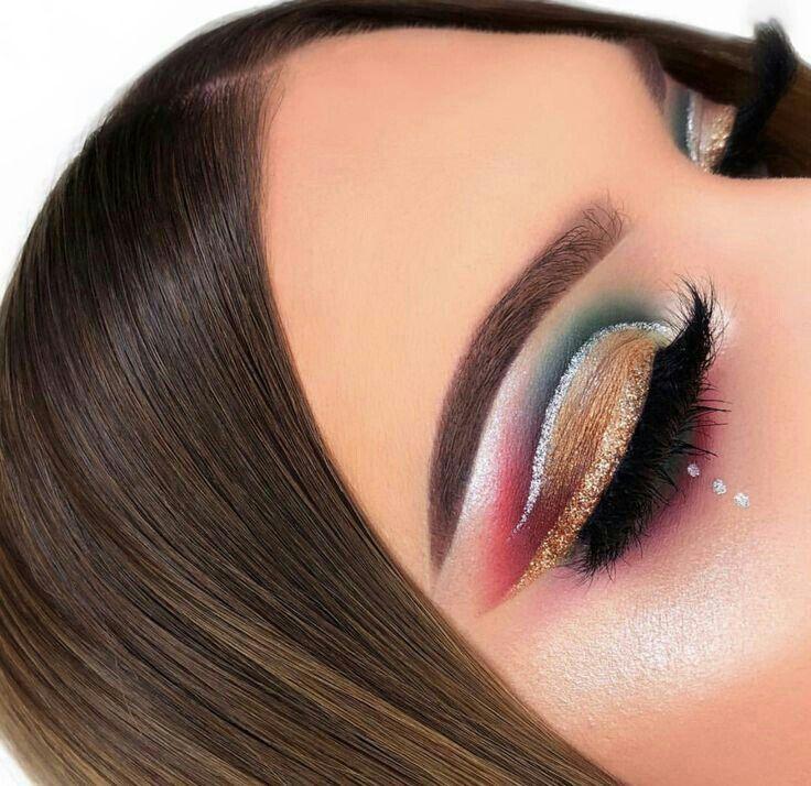 Curso de Maquiagem Online – O maior treinamento do Brasil com 31h   – Maquillaje